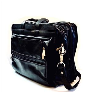Kenneth Cole laptop messenger crossbody bag
